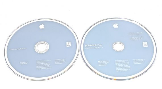 "Original Apple 2 DVD MAC OS 10.4.8 MacBook Pro 15"" Model A1211-0"