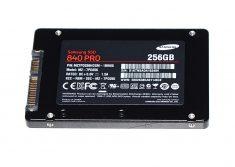 "Festplatte 2,5"" SATA Samsung 840 PRO 256GB MZ-7PD256 iMac 27"" Mid 2010 A1312-0"