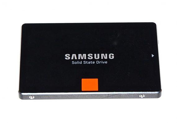 "Festplatte 2,5"" SATA Samsung 840 PRO 256GB MZ-7PD256 iMac 27"" Mid 2010 A1312-5594"