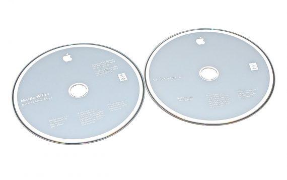 """MacBook Pro 17"""" 2 DVD MAC OS 10.5.2 Model A1261-0"""