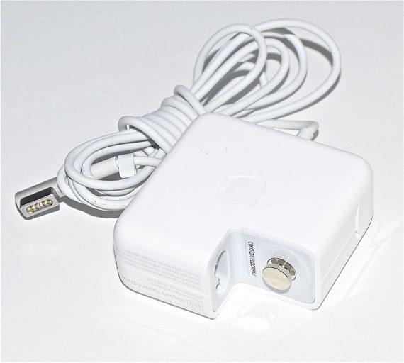 """Original Apple Netzteil / Magsafe 45W Model A1374 MacBook Air 13"""" Mid 2011 A1369-0"""